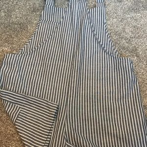 Forever 21 Shorts - Forever 21 Cute Stripped Romper Shorts w/Pockets